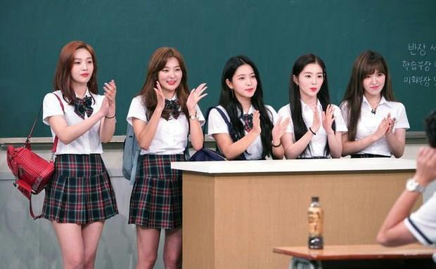 Loạt idol group không cần đeo bảng tên khi đi show: Nhà SM thống lĩnh, BTS, BLACKPINK, TWICE... bất ngờ vắng mặt - Ảnh 9.