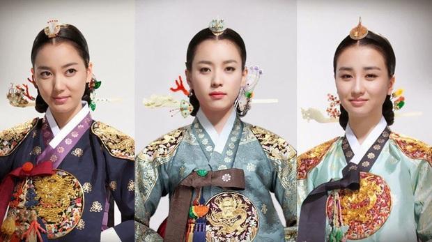 """Dàn sao """"Dong Yi"""" sau 10 năm: Nữ chính - phụ lận đận tình duyên, Kwang Soo hẹn hò """"Tiểu Song Hye Kyo"""", sao nhí lột xác đỉnh nhất - Ảnh 16."""
