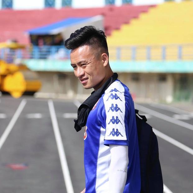 Võ Huy Toàn chấn thương nặng hơn dự kiến, cố thi đấu dù không có cảm giác bóng  - Ảnh 2.