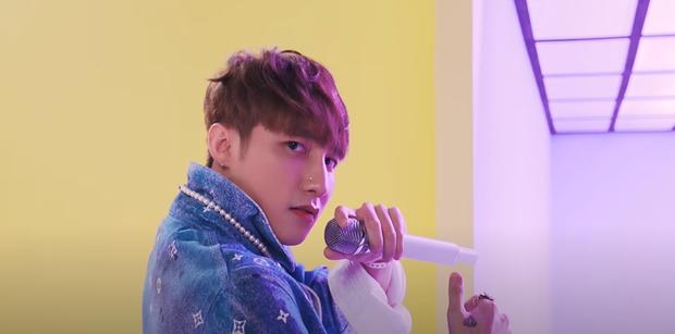 Sơn Tùng M-TP trình diễn sân khấu live đầu tiên của Có Chắc Yêu Là Đây: xem xong cứ tưởng đang xem phần 2 của MV? - Ảnh 6.