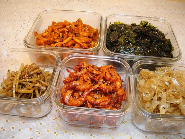 Đi ăn đồ Hàn lúc nào cũng được khuyến mãi chục đĩa panchan, ăn thì ngon nhưng bạn có chắc đã biết nguồn gốc về nó? - Ảnh 3.