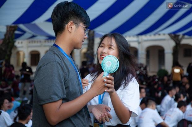 Cặp đôi thanh xuân vườn trường: Học sinh giỏi của trường chuyên nức tiếng Sài thành, yêu nhau năm 16 tuổi và cùng nắm tay tốt nghiệp - Ảnh 9.