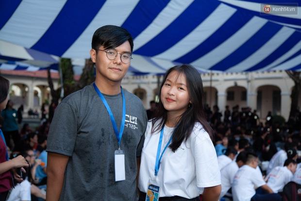Cặp đôi thanh xuân vườn trường: Học sinh giỏi của trường chuyên nức tiếng Sài thành, yêu nhau năm 16 tuổi và cùng nắm tay tốt nghiệp - Ảnh 10.