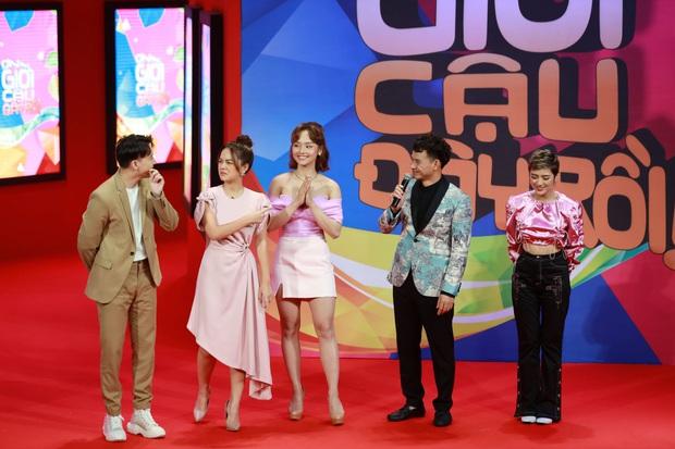 Bằng kinh nghiệm hôn nhân, Phạm Quỳnh Anh khiến khán giả xúc động khi giải quyết vụ ly hôn tại Ơn giời - Ảnh 1.