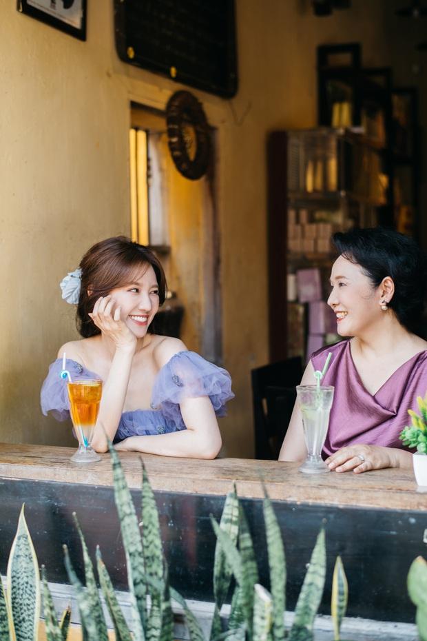 Hari Won tung bộ ảnh du lịch riêng đầu tiên với mẹ ruột người Hàn, thừa nhận có lỗi với bà sau gần 4 năm kết hôn - Ảnh 6.