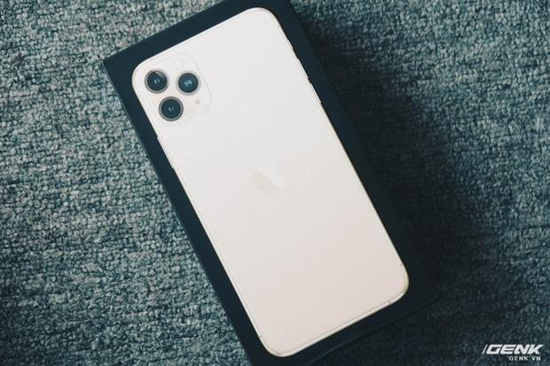 Cảnh giác với iPhone 12 Pro Max hàng nhái chạy Android, giá 2.5 triệu đồng tại Việt Nam - Ảnh 2.