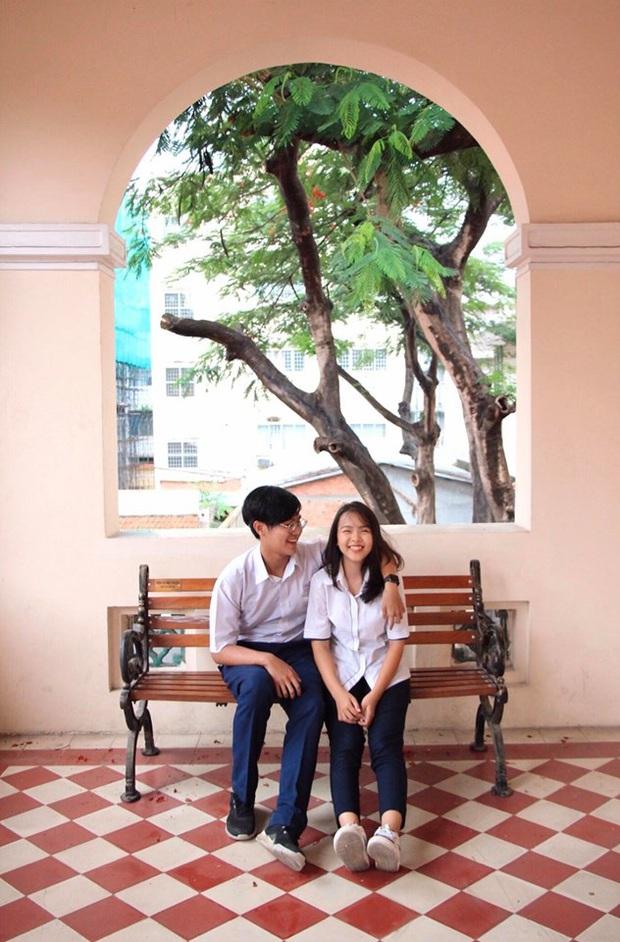 Cặp đôi thanh xuân vườn trường: Học sinh giỏi của trường chuyên nức tiếng Sài thành, yêu nhau năm 16 tuổi và cùng nắm tay tốt nghiệp - Ảnh 6.