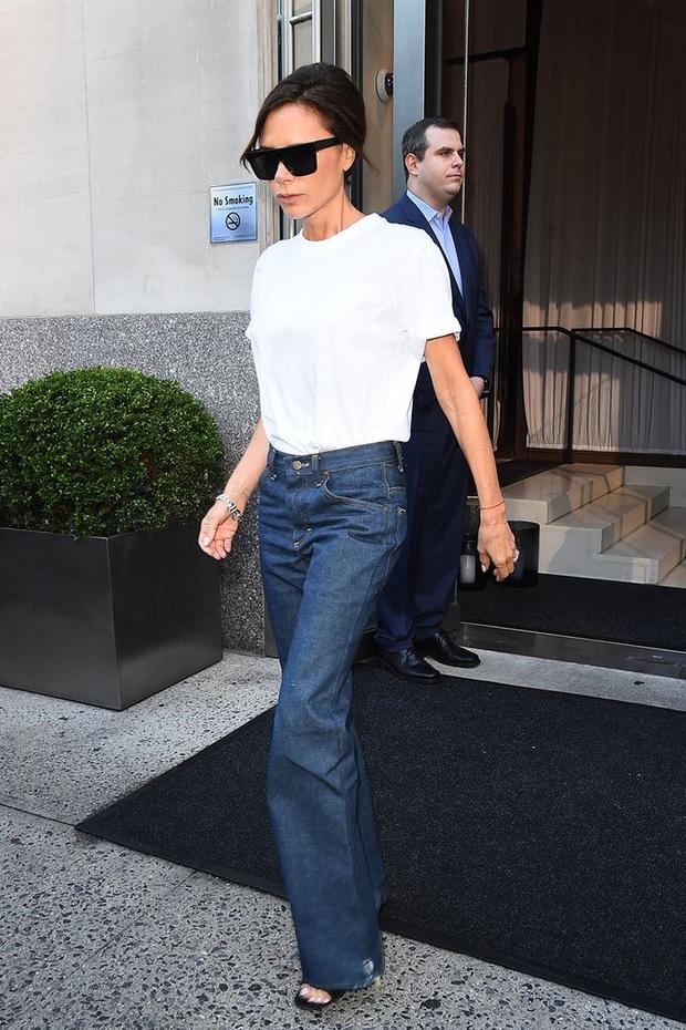 Chuyện mua áo phông trắng: Từng chi bạc triệu mua áo hàng hiệu nhưng tôi nhận ra thà mua áo bình dân còn hơn - Ảnh 2.