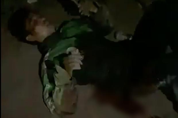 Grab lên tiếng vụ nam tài xế bị đâm 6 nhát, cướp xe máy lúc rạng sáng ở Hà Nội - Ảnh 1.