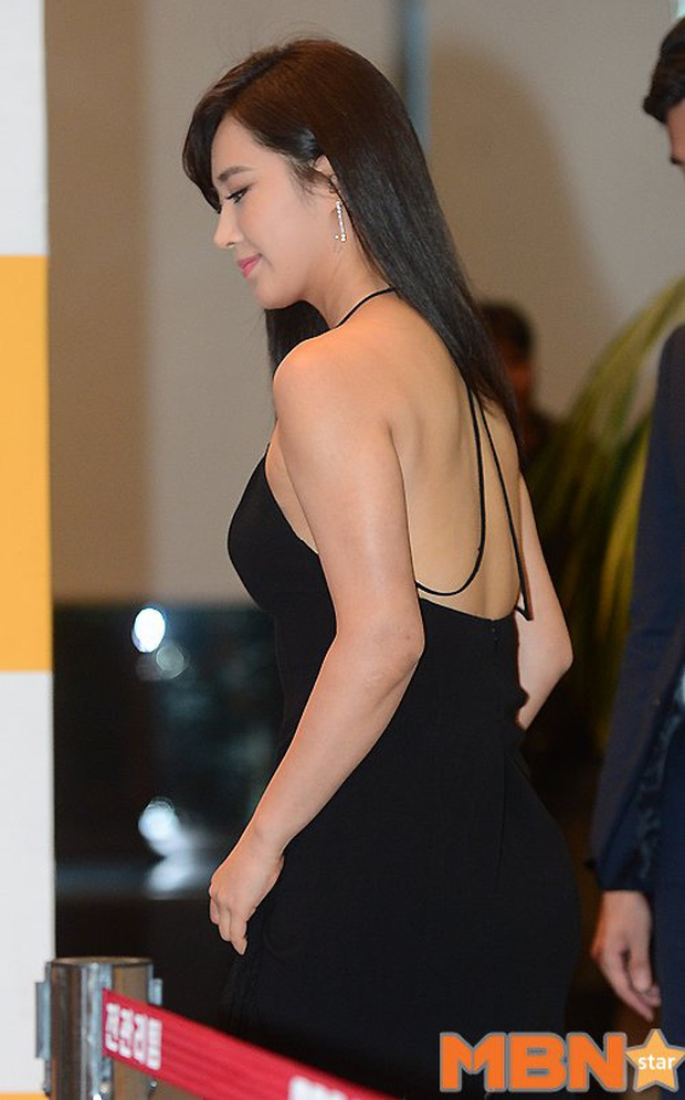 Mỹ nhân SNSD được tôn làm nữ idol body đẹp nhất Kpop: Đâu cần eo 0% mỡ thừa, chân thon nhưng vẫn gây bão suốt 10 năm - Ảnh 27.