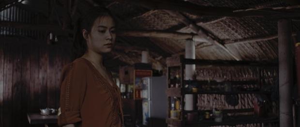Hoàng Thùy Linh hóa bà mẹ đơn thân kiêm hung thủ giết người nhưng vẫn đẹp bất chấp ở teaser phim mới  - Ảnh 3.