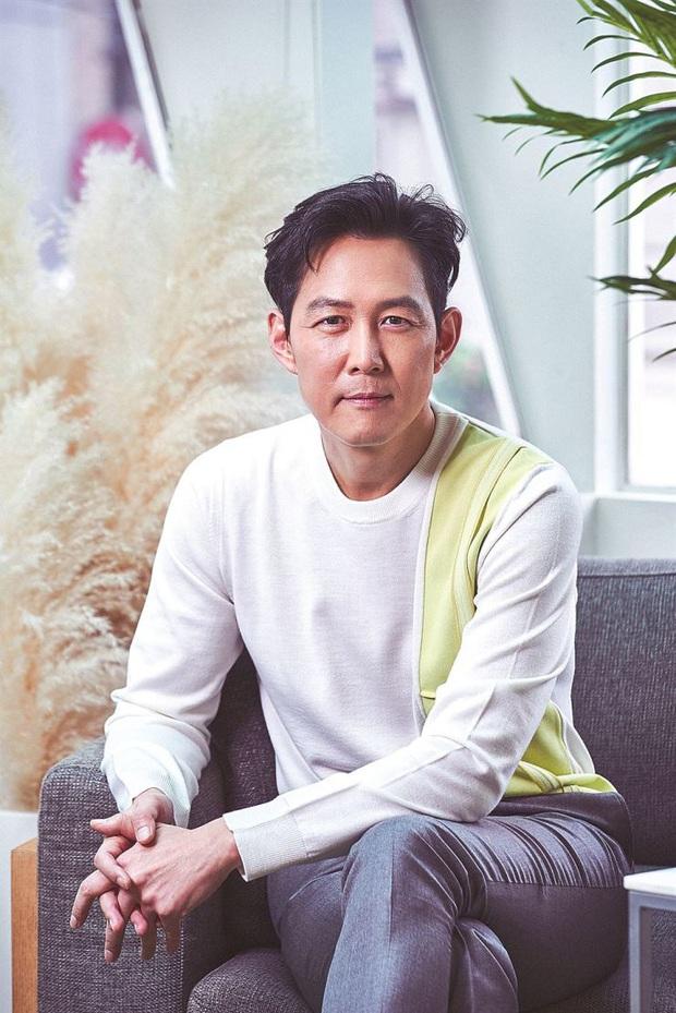 Nam thần của các nam thần Lee Jung Jae gật đầu đóng phim sinh tồn, còn có cả Gong Yoo cameo thì chị em biết sống sao? - Ảnh 2.