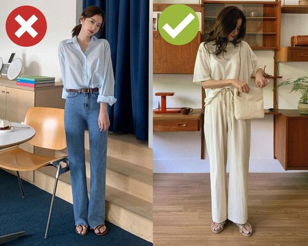 4 items bạn đừng mang đi du lịch kẻo hành lý thêm cồng kềnh còn style cũng chán hẳn - Ảnh 1.