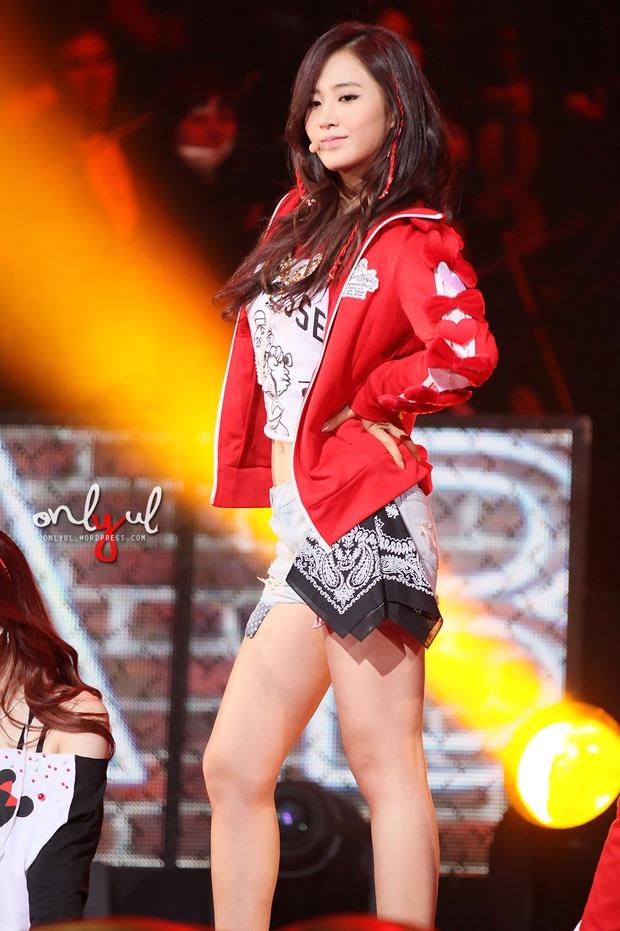 Mỹ nhân SNSD được tôn làm nữ idol body đẹp nhất Kpop: Đâu cần eo 0% mỡ thừa, chân thon nhưng vẫn gây bão suốt 10 năm - Ảnh 2.