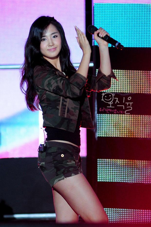 Mỹ nhân SNSD được tôn làm nữ idol body đẹp nhất Kpop: Đâu cần eo 0% mỡ thừa, chân thon nhưng vẫn gây bão suốt 10 năm - Ảnh 9.
