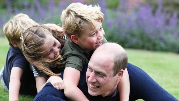 Hoàng gia Anh khoe hình ảnh mới của Hoàng tử bé George, dân mạng khen gương mặt có thần thái hệt như Hoàng tử William ngày bé - Ảnh 5.