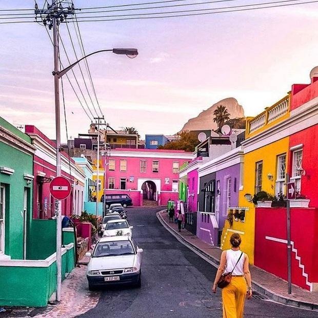 Những địa điểm du lịch sặc sỡ nhất thế giới, càng màu mè thì càng hút khách hơn - Ảnh 13.