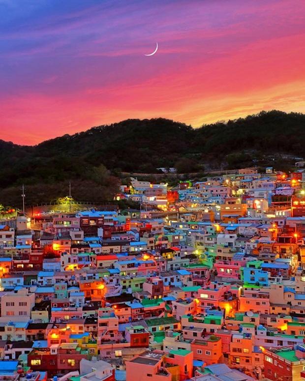Những địa điểm du lịch sặc sỡ nhất thế giới, càng màu mè thì càng hút khách hơn - Ảnh 15.