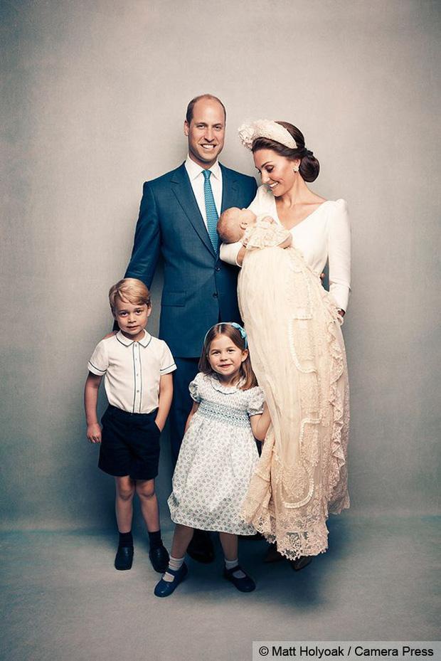 Người kế vị tương lai: Bí mật mà Công nương Kate và Hoàng tử William cố gắng giấu cậu con trai cả lâu nhất có thể - Ảnh 2.