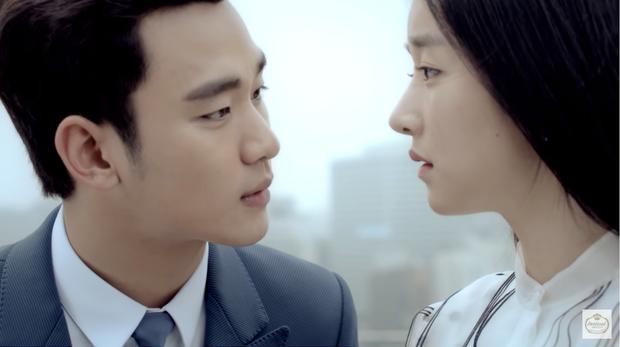 Chẳng cần đợi tới Điên Thì Có Sao, Seo Ye Ji đã đổ cắm đầu Kim Soo Hyun từ 7 năm trước rồi! - Ảnh 2.