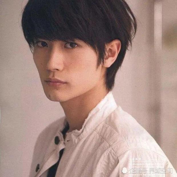 Công ty nói gì về nội dung cuốn nhật ký có dòng chữ Tôi muốn chết của Haruma Miura tại hiện trường vụ tự tử? - Ảnh 2.