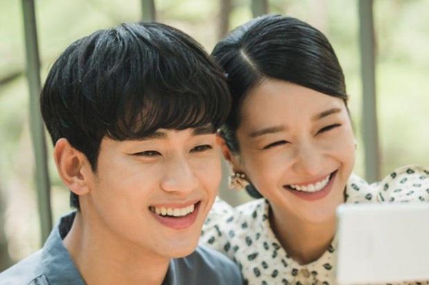 Chẳng cần đợi tới Điên Thì Có Sao, Seo Ye Ji đã đổ cắm đầu Kim Soo Hyun từ 7 năm trước rồi! - Ảnh 5.