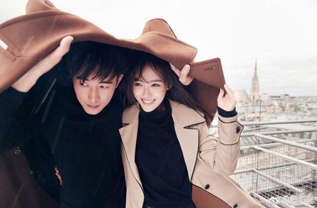 Xôn xao ảnh chồng Đường Yên tình tứ đáng ngờ với nữ trợ lý, Cnet lo lắng kịch bản rạn nứt hôn nhân lặp lại - Ảnh 2.