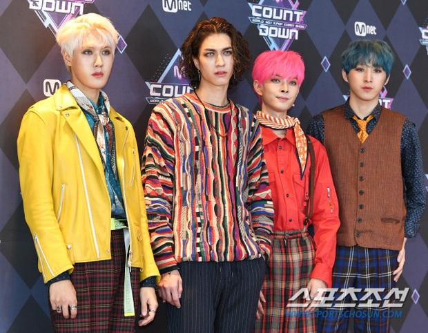 Hi hữu nữ idol Kpop bị kiện vì lấy trộm áo của đàn em, camera bóc trần thủ đoạn và lời nói dối - Ảnh 3.