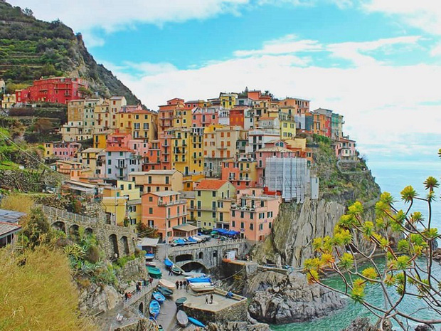 Những địa điểm du lịch sặc sỡ nhất thế giới, càng màu mè thì càng hút khách hơn - Ảnh 6.