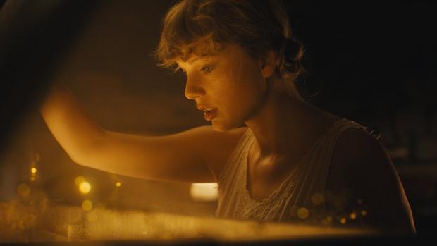 SỐC: Taylor Swift đánh úp một album 16 bài hát hoàn toàn mới, MV cũng sẽ ra mắt ngay trong ngày mai! - Ảnh 5.
