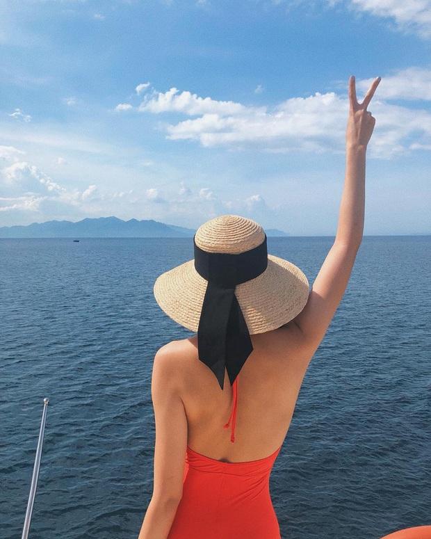 Đi du lịch mà thiếu 1 trong 4 kiểu mũ sau thì bảo sao style của bạn nhàm chán hơn hẳn người ta  - Ảnh 2.