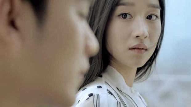 Điều ít ai tỏ về Kim Soo Hyun: Bố ruột và em cùng cha khác mẹ lợi dụng, mắc bệnh tim và cơ duyên với điên nữ Seo Ye Ji - Ảnh 25.