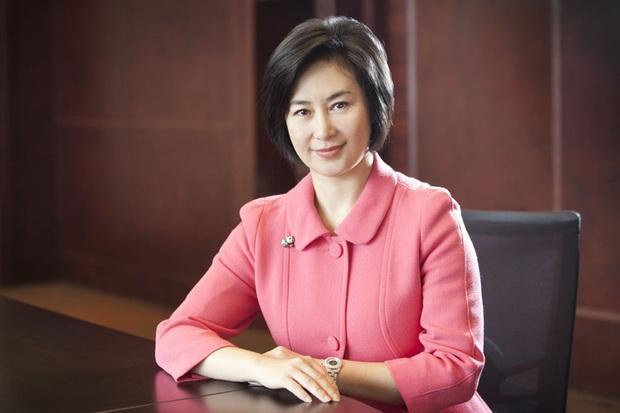 Cuộc chiến chia gia sản của Vua sòng bài Macau bắt đầu: Ái nữ Hà Siêu Quỳnh tuyên bố là người thừa kế duy nhất, lấy lại một phần tài sản từ mẹ kế - Ảnh 2.