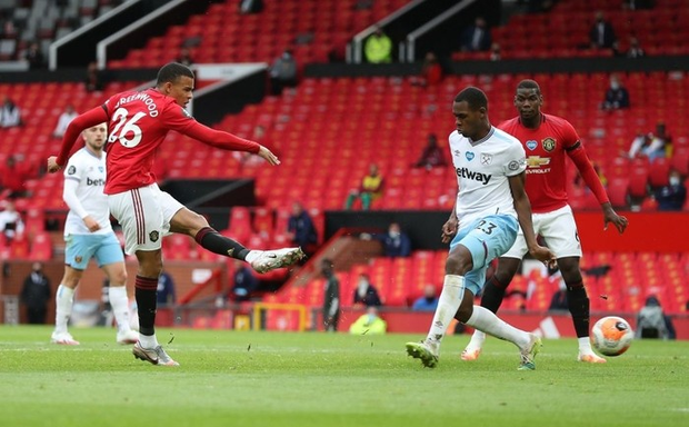 Manchester United nhọc nhằn vào top 4: Pogba chơi bóng chuyền trong vòng cấm, bàn thắng của sao trẻ cứu Quỷ đỏ - Ảnh 5.