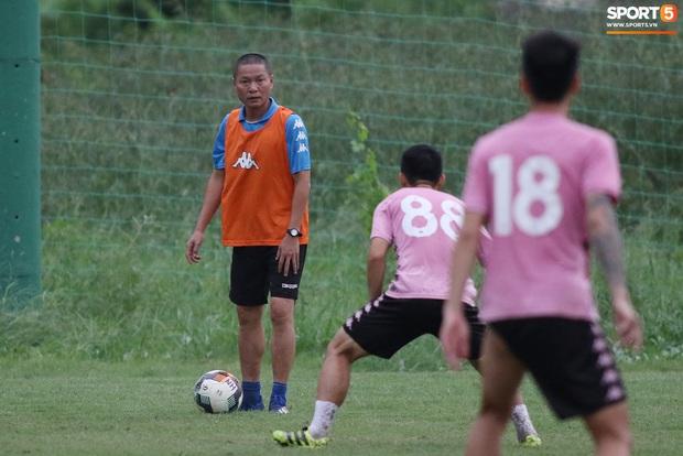 Quang Hải lập cú đúp bàn thắng trước ngày đấu Công Phượng, Bùi Tiến Dũng - Ảnh 2.