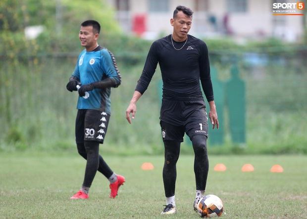 Quang Hải lập cú đúp bàn thắng trước ngày đấu Công Phượng, Bùi Tiến Dũng - Ảnh 7.