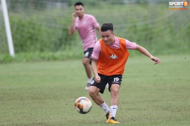 Quang Hải lập cú đúp bàn thắng trước ngày đấu Công Phượng, Bùi Tiến Dũng - Ảnh 4.