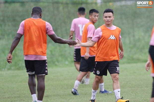Quang Hải lập cú đúp bàn thắng trước ngày đấu Công Phượng, Bùi Tiến Dũng - Ảnh 5.