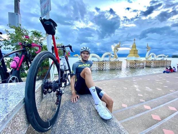 Chấn thương kinh hoàng của VĐV xe đạp Thái Lan: Mặt biến dạng, cột sống gãy, nặng đến nỗi không thể chuyển viện để điều trị - Ảnh 1.