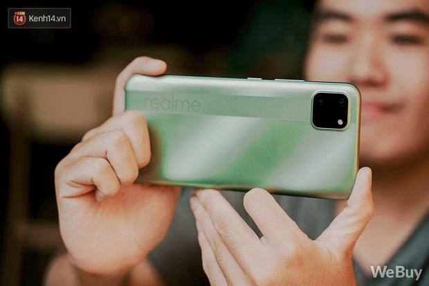 Chỉ gần 6 triệu mua được nguyên combo điện thoại, smartwatch và tai nghe không dây: Dùng thực tế thế nào? - Ảnh 3.