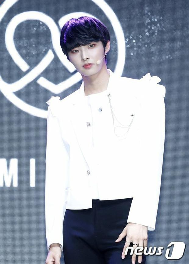 4 idol rời nhóm trong năm 2020: Thủ lĩnh AOA phải ra đi vì scandal bắt nạt 10 năm; nam thần tượng rút lui đột ngột, cắt liên lạc với công ty - Ảnh 9.
