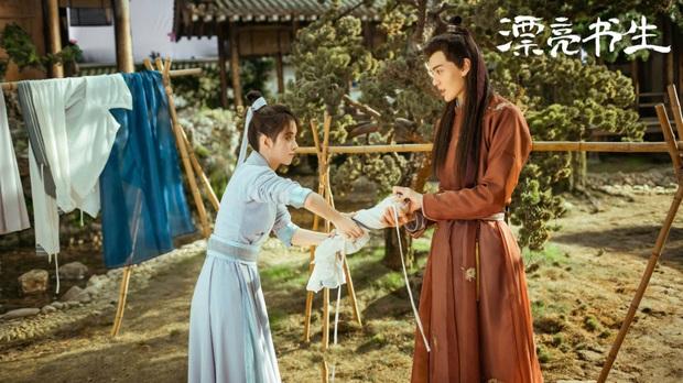 Chuyện Tình Sungkyunkwan bản Trung vừa mở màn đã chán muốn xỉu, thất vọng nhất là nhan sắc Tống Uy Long - Ảnh 4.