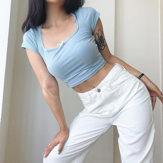 """""""Nữ hoàng sang chảnh"""" Jennie có một combo đồ xanh - trắng siêu xinh, ai cũng có thể học theo để nâng điểm style - Ảnh 18."""