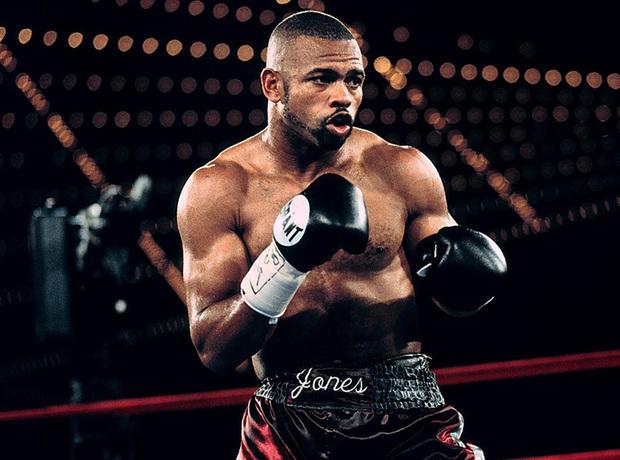 NÓNG: Huyền thoại Mike Tyson chính thức tái xuất ở tuổi 54, chạm trán với một đối thủ cực kỳ khó chơi - Ảnh 2.