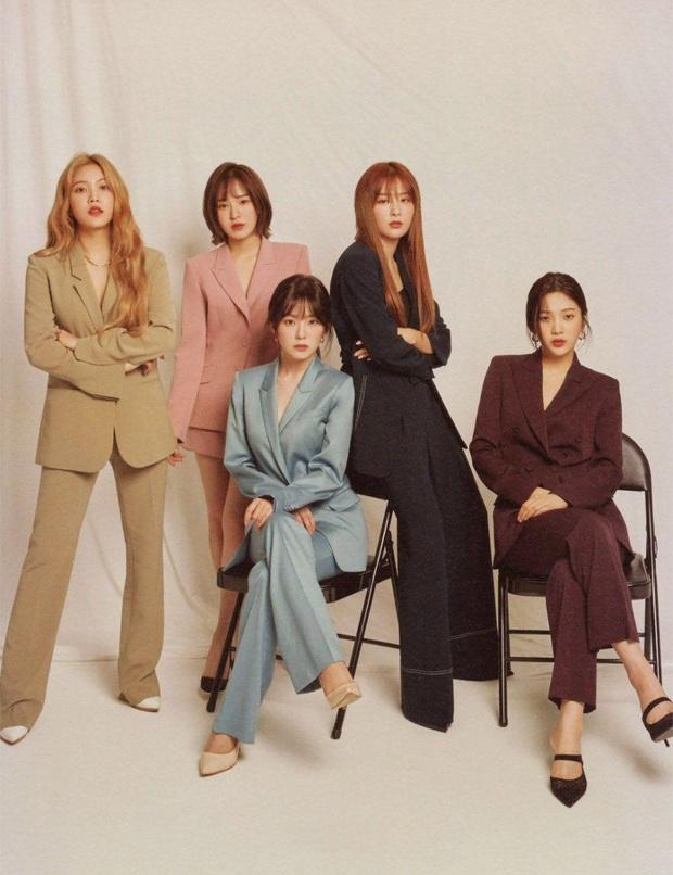 """Tranh cãi vị thế của Red Velvet: Bán album lẫn lượt xem YouTube đều thua TWICE và BLACKPINK, liệu có xứng """"chung mâm"""" với 2 nhóm đàn em? - Ảnh 7."""