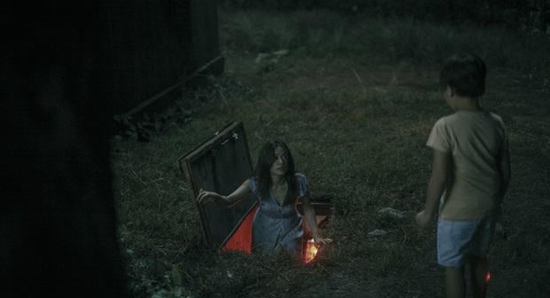 Hoàng Thùy Linh thất thần như ma nhập, tự cào tay toé máu ở teaser Trái Tim Quái Vật - Ảnh 6.