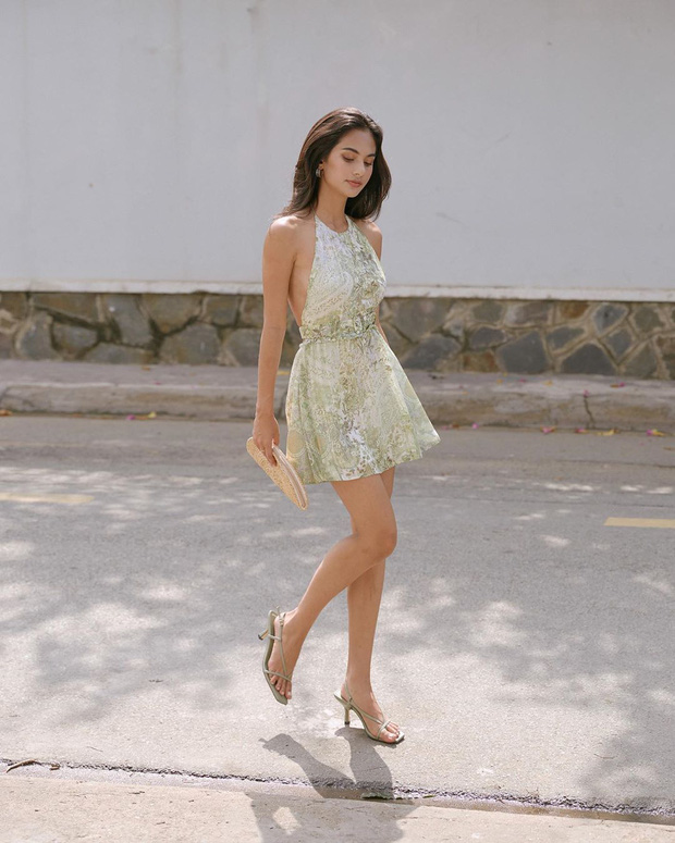 Ngất lịm với thánh body Kendall Jenner: Diện mỗi váy yếm mà sexy phát hờn, ảnh chụp vội xịn như lên tạp chí - Ảnh 12.