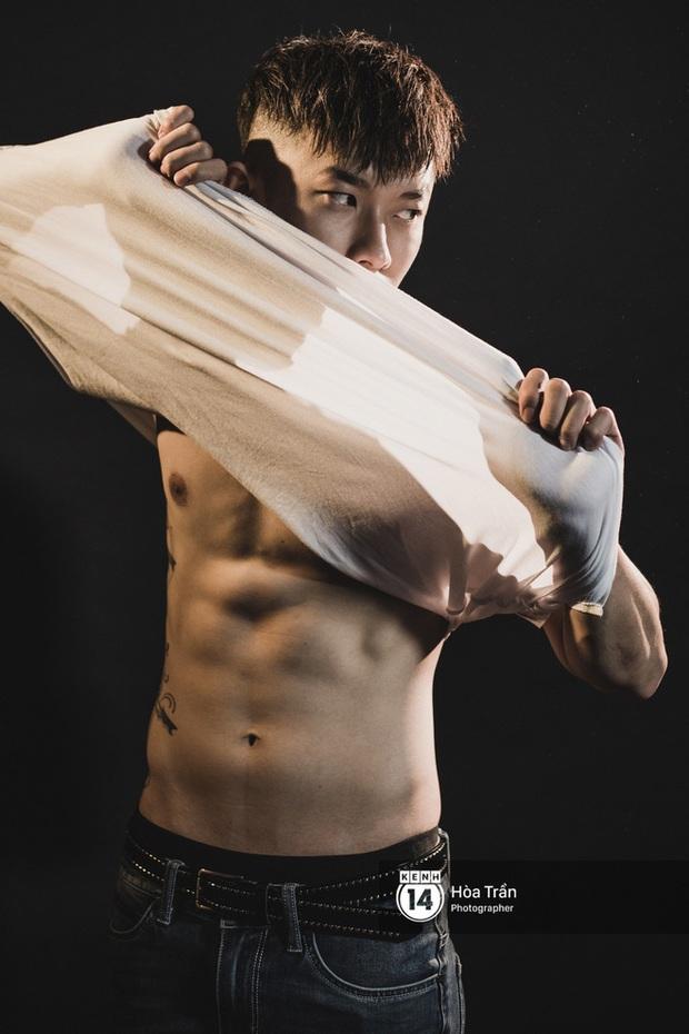 """Tất tần tật về Kay Trần - nghệ sĩ đầu tiên của công ty Sơn Tùng M-TP: Vươn dậy từ biến cố, điển trai và body thuộc hàng """"cực phẩm"""" Vbiz! - Ảnh 6."""