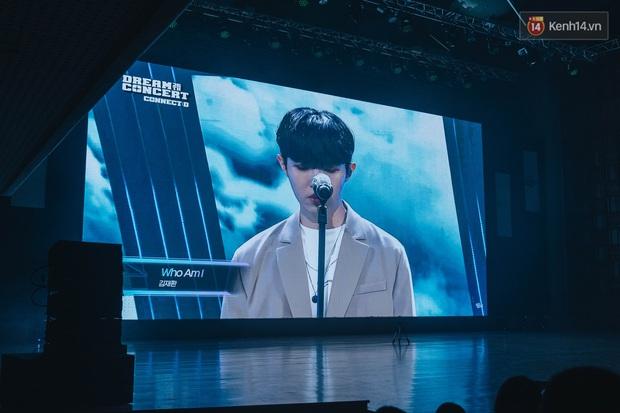 Hàng trăm fan tại Hà Nội cùng xem Dream Concert phát sóng trực tuyến trên toàn cầu; EXO-SC, Red Velvet và dàn sao Kpop quẩy hết nấc - Ảnh 4.