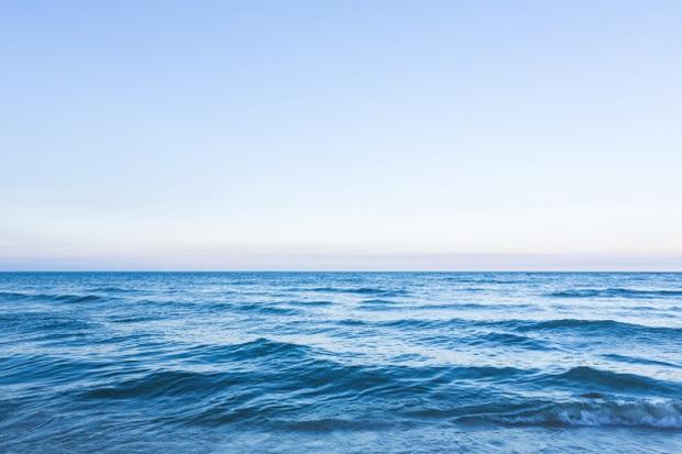 Tại sao không gọi Trái đất là Trái nước khi nước chiếm 70% thể tích địa cầu? - Ảnh 1.